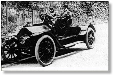 Proust e Agostinelli in automobile